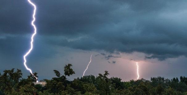 ' sky electricity ' ' Cloud electricity '